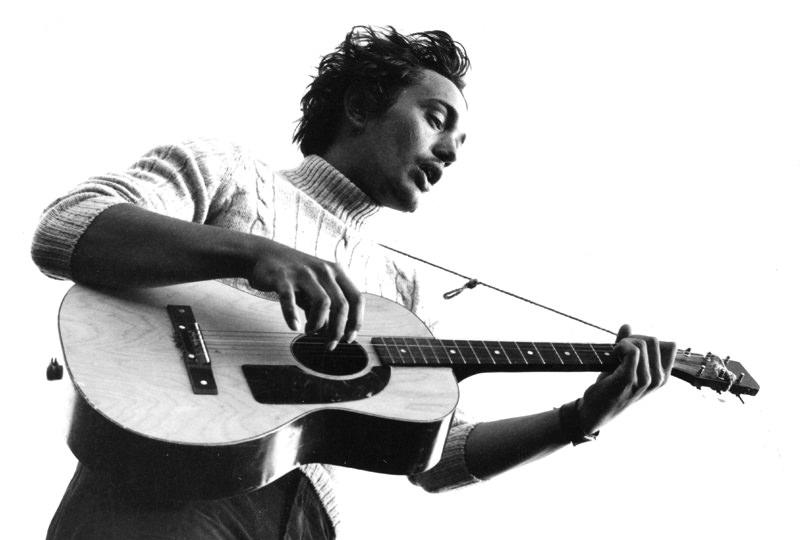 1968 … mit der Karstadt-Kaufhausgitarre