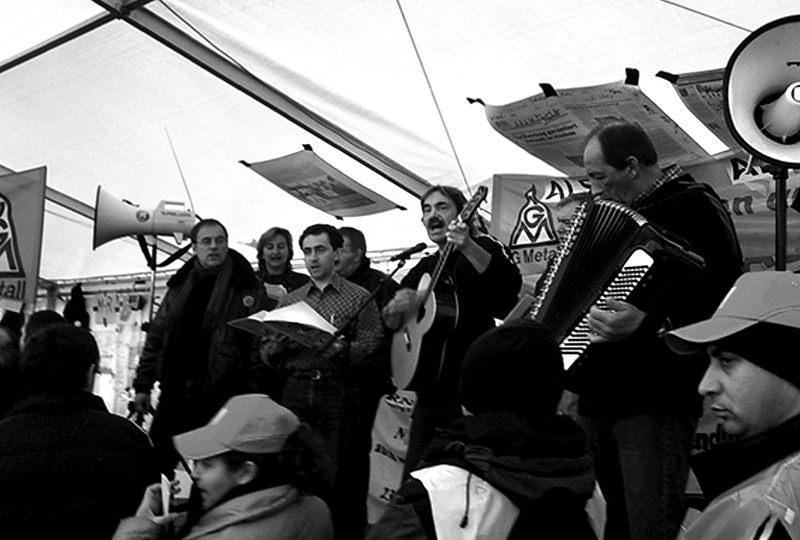 2006 – Soli-Auftritt des Alstomchors beim AEG-Streik in Nürnberg