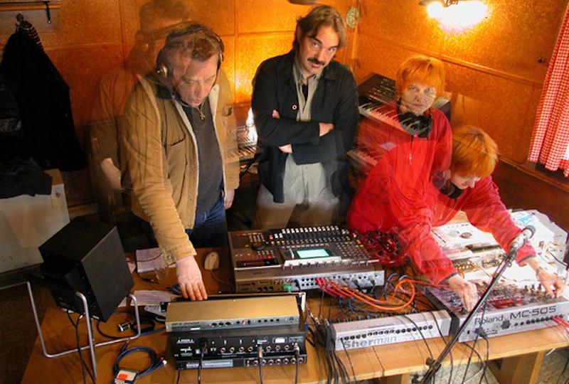2005 – das kleine elektronische weltorchester (ewo2)