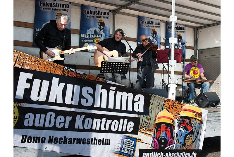 2015 – Kundgebung vor dem AKW-Neckarwestheim – Foto: Barbara Straube
